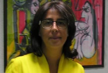 Dña Julia Gómez