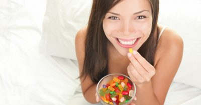 Los daños del azúcar sobre los dientes