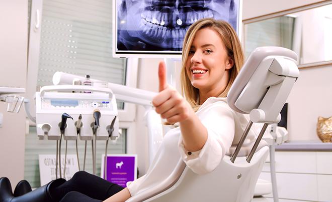 10 señales de alerta para ir al dentista